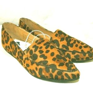 Womens Leopard Pointed Toe Slip-on Flats